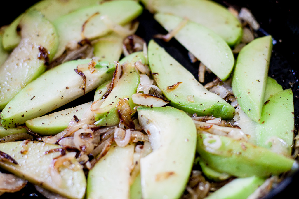 Simple Chayote Squash A Fresh And Lively Low Carb Side Mias